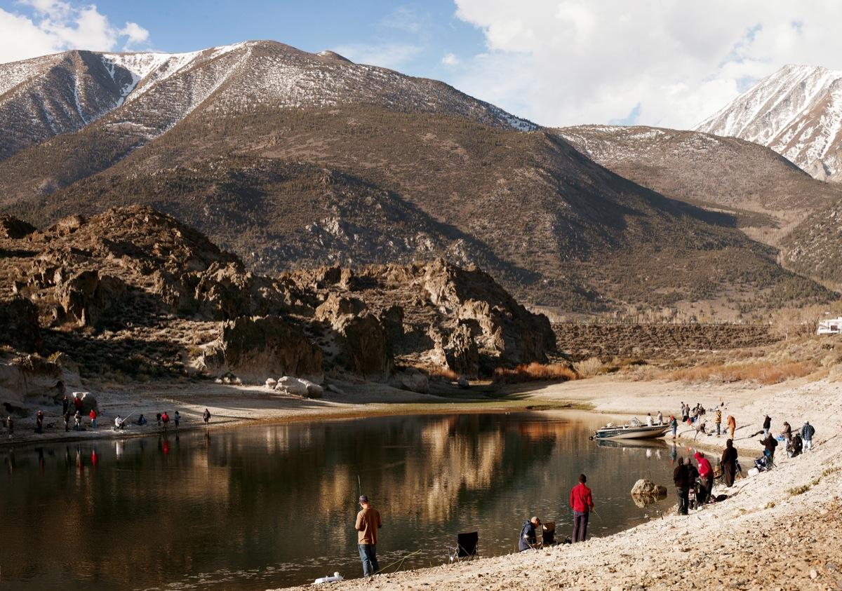 All along the aqueduct boom california for Lake fishing near los angeles