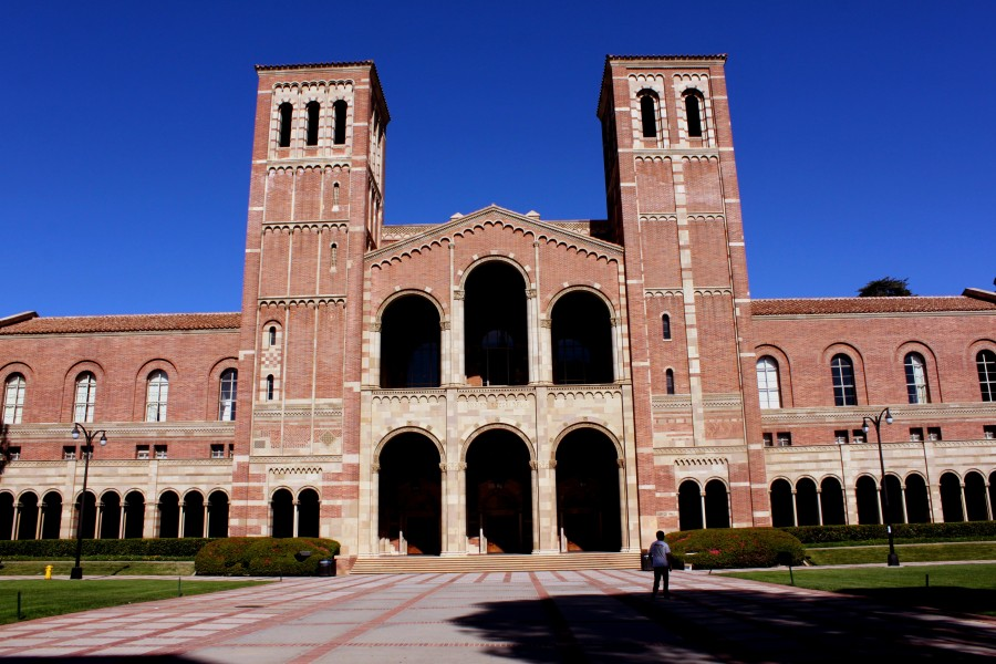 Royce Hall, UCLA_Prayitno_6275506800_ea5b8b98de_o